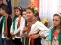 4 Имаше и народна песен - поздрав, в изпълнение на Емили