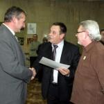 Връчване на Сертификат за дарител на Ив. Иванов, коректния арендатор и наш дарител